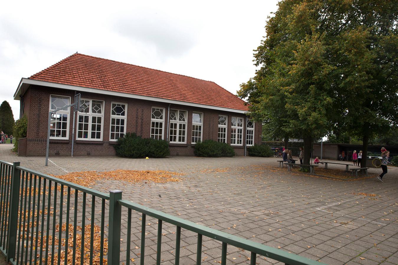 Basisschool de Meeander in Heelweg, een van de potentiële nieuwe monumenten in Oude IJsselstreek