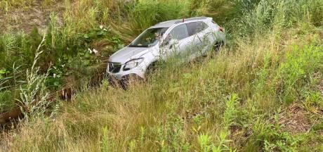 Automobilist gewond naar ziekenhuis na eenzijdig ongeval in Hengelo