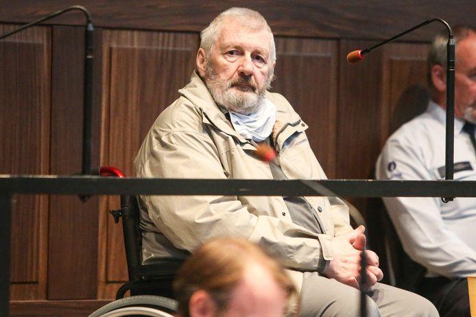 Emmanuël Van Den Steen, hier in een rolstoel in het Brugse hof van assisen, werd in juni vorig jaar veroordeeld tot 24 jaar cel voor doodslag op Miriam Van Poel.