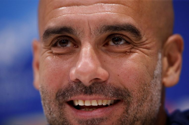 Pep Guardiola laughs during the press conference before the Champions League quarter final against Liverpool. Beeld Photo News