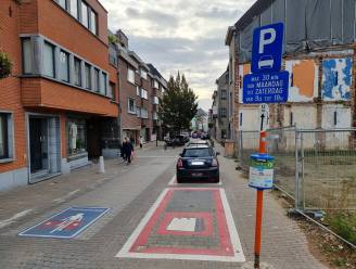 """Schepencollege Halle positief na gesprek met handelaars: """"Komende weken evalueren we parkeerbeleid. Wijziging mogelijk vanaf januari"""""""