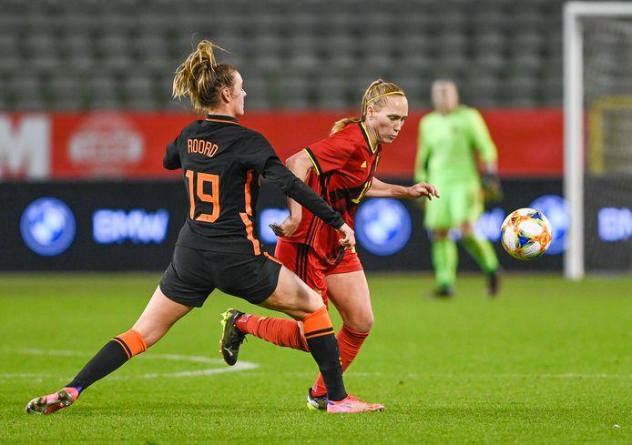 Janice Cayman in actie tegen Nederland.