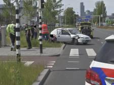 Ongeval tussen twee auto's en een scooter op Binckhorstlaan