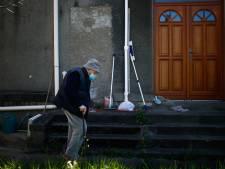 """Ce médecin de 99 ans travaille encore: """"Qu'une puissance comme la France ne soigne pas ses malades en temps de paix..."""""""