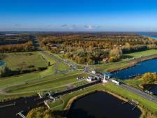 Geen verbod op werk aan weg en brug; twee weekenden omrijden bij Roggebotsluis