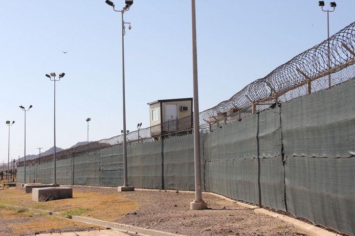 Een wachttoren van de Amerikaanse gevangenis Guantanamo Bay op Cuba.