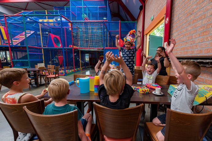 Deen Duynhouwer vierde zijn 7de verjaardag in De Vossenberg deze week.