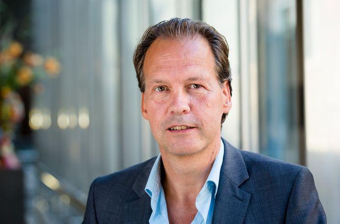 John Kerstens, kamerlid voor de Partij van de Arbeid (PVDA), heeft ook vragen gesteld naar aanleiding van het artikel.
