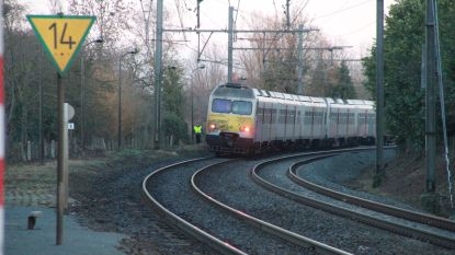 Hele voormiddag geen treinverkeer tussen Kortrijk en Moeskroen