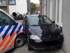 Automobilist kiest het hazenpad, maar verliest het van de politie tijdens wilde achtervolging