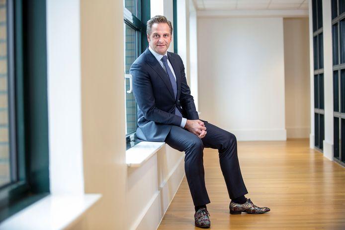 De uitspraken van minister De Jonge over marktwerking in de zorg doen flink wat stof opwaaien in politiek Den Haag.