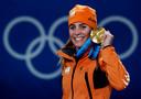 Snowboardtopper Nicolien Sauerbreij met de 100ste gouden medaille uit de Nederlandse Olympische sportgeschiedenis, veroverd op de parallelslalom in het Canadese Vancouver tijdens de Winterspelen van 2010.