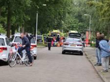 Man overleden na steekpartij in Fries dorp, ander zwaargewond