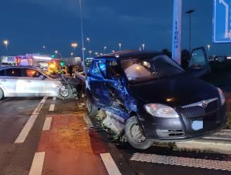 Bestuurder zwaargewond bij ongeval aan oprit E17 in Waregem