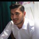 Ersin Ozbek (28) laat een vrouw (29) en zoontje (5) achter. Beiden zaten ook in de auto, maar zij overleefden de crash.