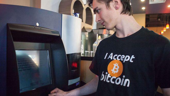 Een pinautomaat in Vancouver waarmee Canadese dollars voor bitcoins kunnen worden ingeruild