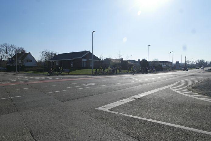 De geplande werken aan het kruispunt werden al meermaals uitgesteld.