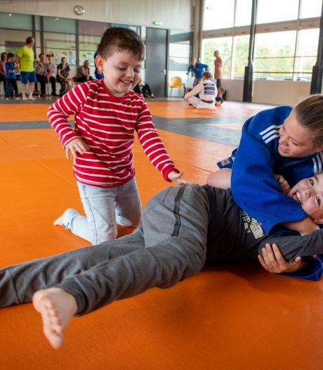 Twaalf sportaanbieders houden samen open dag in Zutphen: 'Kleintjes deden vol overgave mee'