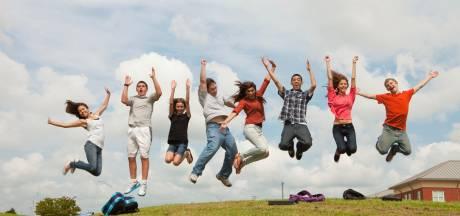 Het regent diploma's, (bijna) iedereen geslaagd: 'Leerlingen zijn niet gematst'