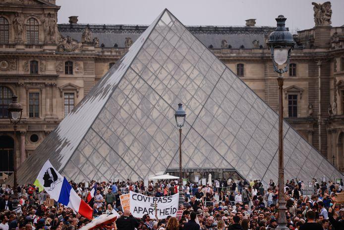 De betoging in Parijs tegen de coronapas.