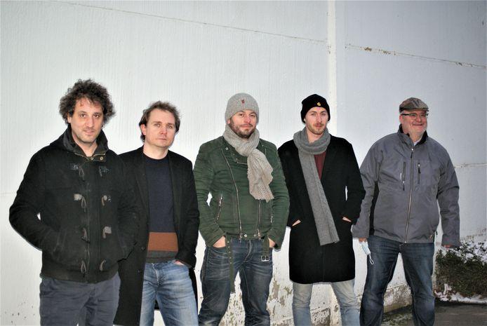 Jazzquintet The Crabbers speelt livestreamconcert bij Piano's Verhulst.