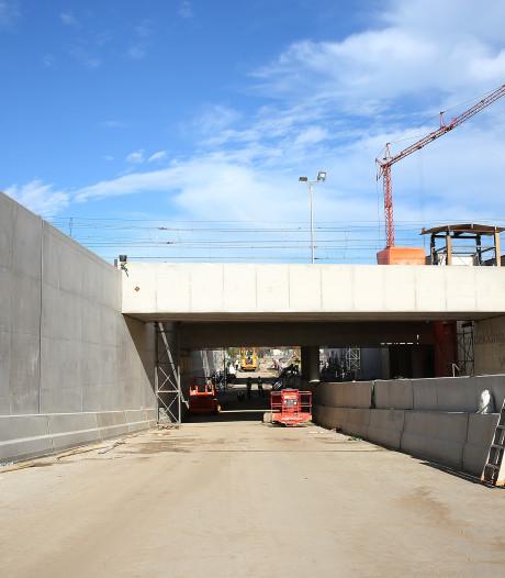 Tunnel bij station Colmschate bijna open