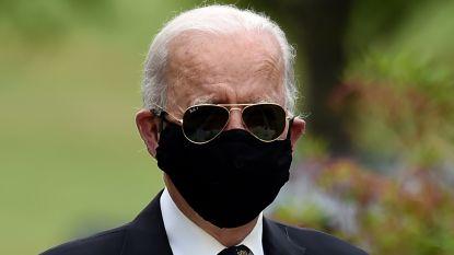 """Biden: """"Trump is een idioot omdat hij geen mondkapje draagt"""""""