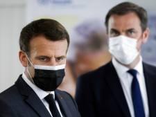 Covid-19: au cœur de l'été, la France craint le grand incendie