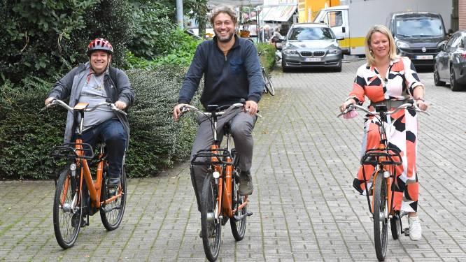 Vanaf nu ook oranje deelfietsen in Wevelgem, Harelbeke en Menen