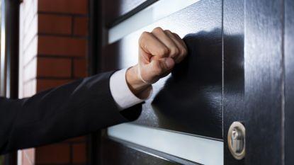 Man opgesloten in bankkantoor, politie komt hem redden