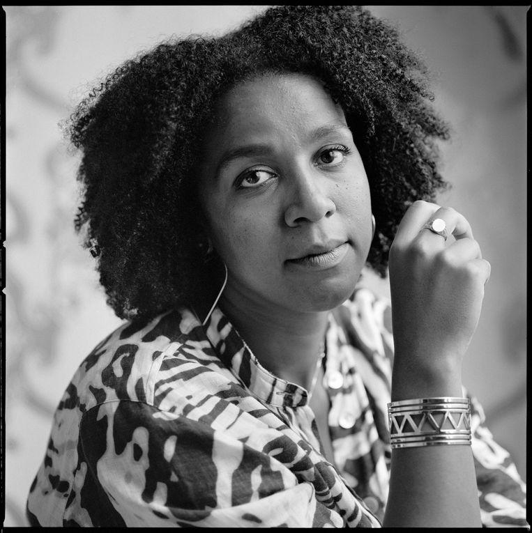 Tot de echte jonkies op de longlist van de Libris Literatuurprijs 2021 behoort Simone Atangana Bekono met haar 29 jaar. Beeld Bianca Sistermans