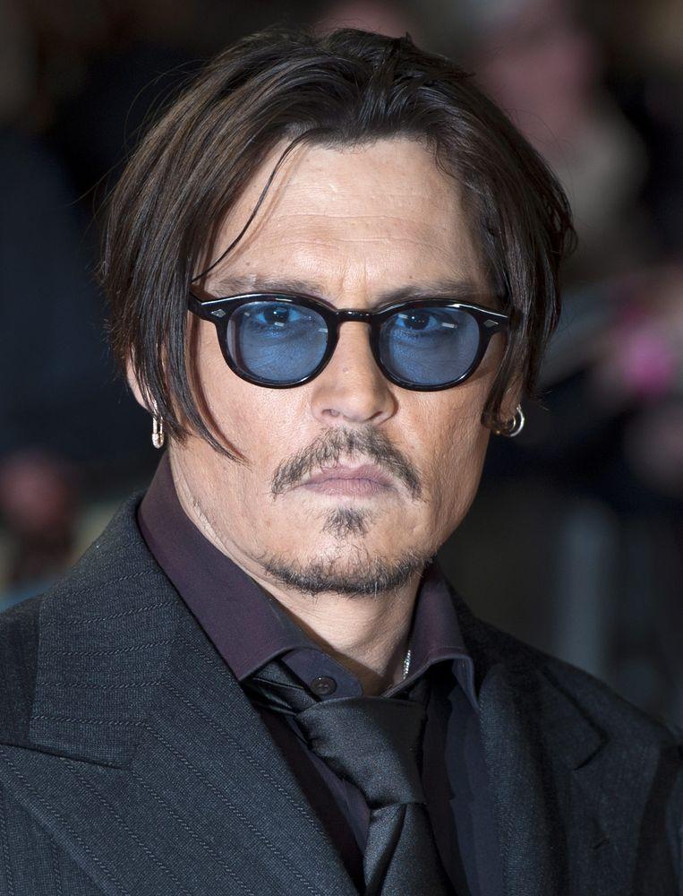 De hondjes van Johnny Depp vertrekken vanavond weer naar de VS Beeld epa