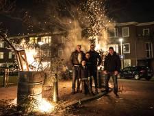 Oudejaarsavond kent incidenten en veel vuurwerk, maar merendeel thuis aan de oliebollen