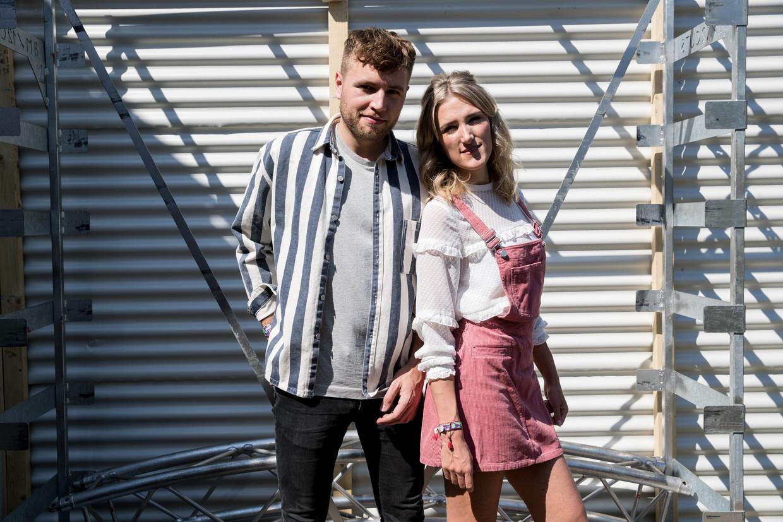 Freek Rikkerink en Suzan Stortelder, beter bekend als het duo 'Suzan &Freek', bezingen hun rimpelloze liefde.