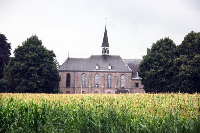 De oudste karmeliet ter wereld, Constant Dölle, overleed op 102-jarige leeftijd in het klooster van Zenderen.