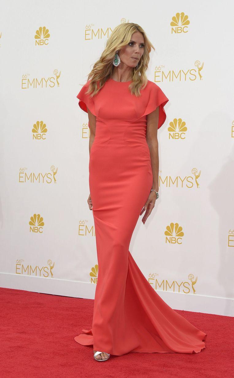 Rood domineerde vannacht de rode loper bij de uitreiking van de 66ste Emmy Awards in Los Angeles.<br />Hier: Heidi Klum Beeld epa