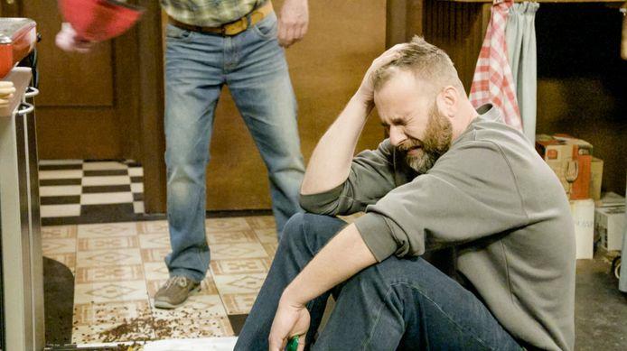 Finaleweek van 'Familie' - Jonas (David Cantens) zal zijn ruzie met Simon (Braam Verreth) zien escaleren in de seizoensfinale
