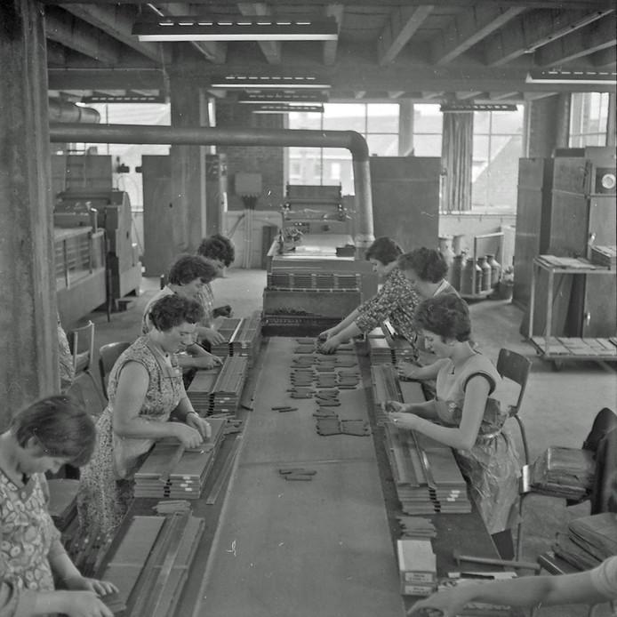 Sigarenfabriek Karel 1 van Van Abbe in Eindhoven