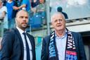 Adriaan Visser (rechts), voorzitter van PEC Zwolle.