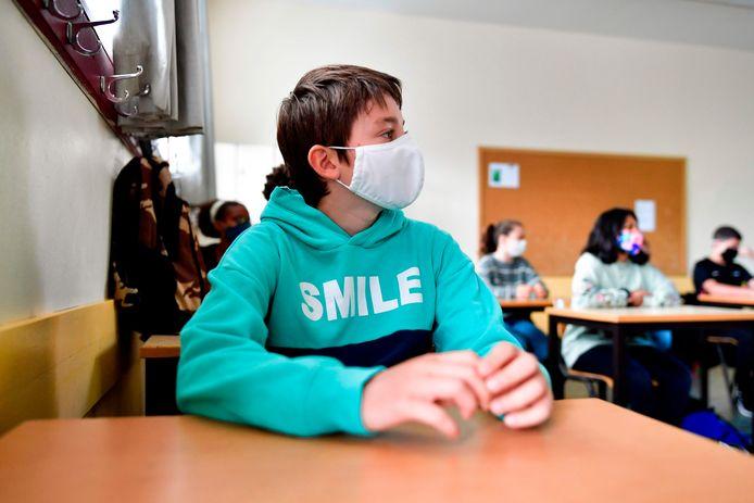 Classe de secondaire au Sacré-Cœur de Lindthout, à Bruxelles.