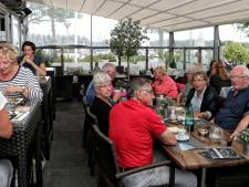Gezellig eten, drinken én bootjes kijken bij restaurant Dintelmond