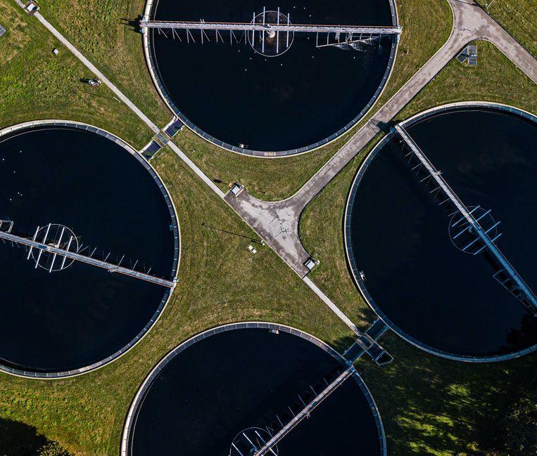 In het onderzochte riool komt zowel het afvalwater terecht van de bedrijven als het water uit de toiletten van de drie instellingen.  Beeld ANP