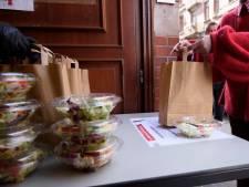 """""""Copains à bord"""" propose des repas à emporter à 1 euro destinés aux étudiants en difficulté"""