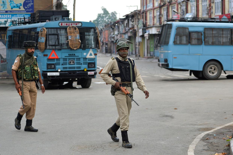 Veiligheidstroepen in Srinagar.