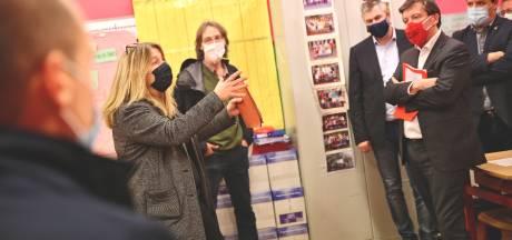 Le Ministre Daerden est venu inspecter une école de Charleroi