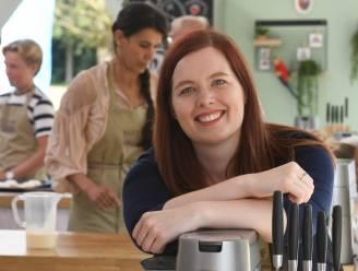 """'Bake Off'-winnares Julie werkt als foodproducer voor nieuw seizoen: """"Meer stress achter de schermen dan als kandidaat"""""""