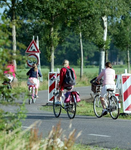 Werk aan fietspad bij Punthorst ligt stil na geschil aannemer en gemeente