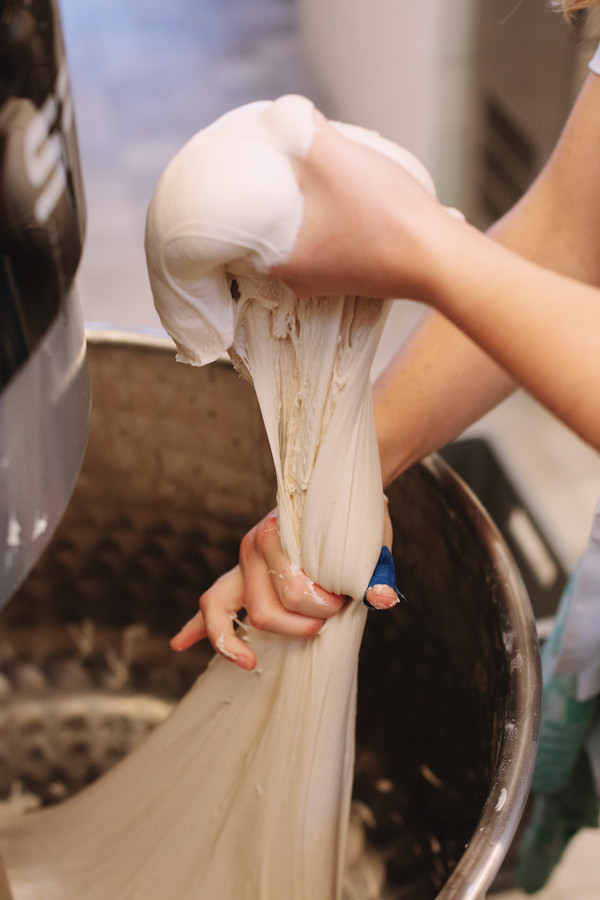 La pâte au levain est légère et plus digeste.