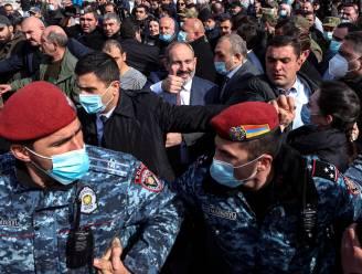 Armeense premier beschuldigt leger van couppoging