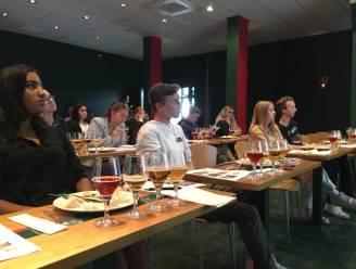 Leerlingen uit acht hotelscholen op workshopdag bij Brouwerij Palm, De Hoorn en Rodenbach